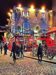 Amazing Nights in Dublin on Temple Bar Street.