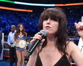 ImeldaMay singing IrishNationalAnthem Mayweather-Mcgreg
