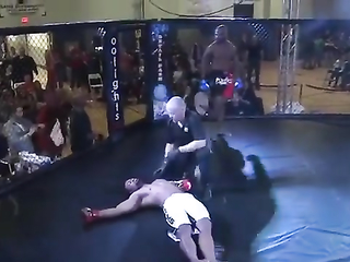 Damn! Insane head kick knockout.