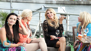 Brandi Glanville Fights With Kyle Richards