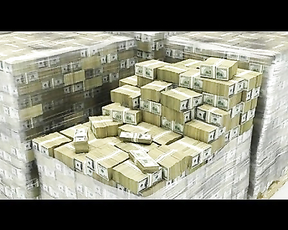 Floyd Mayweather Shows Conor McGregor His Real Money From His Cash Vault No $1's but $1,000,000 Cash