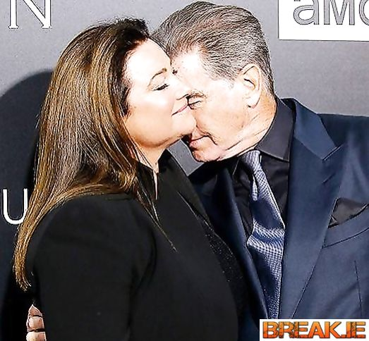Pierce Brosnan and Κili Shaye Smith - 25 years together!