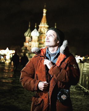 Mads Mikkelsen in Russia.