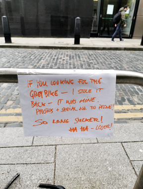 A hilarious sign has been spotted in a Dublin city spot of an exchange between two bike owners.