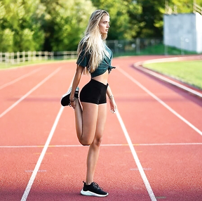 This is Alica Schmidt, they say she bears the title of the beautiest athlete in the world.