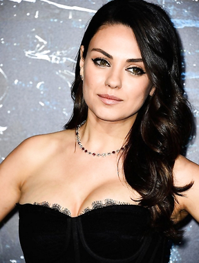 Beautiful Mila Kunis in her 36 looks like 20