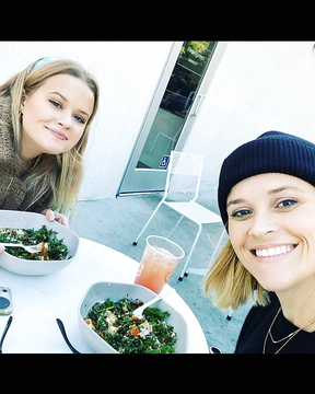 Reese Witherspoon with her daughter Ava Phillippe.