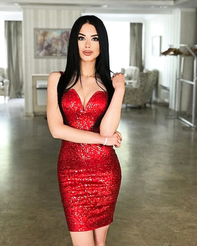 And red suits her