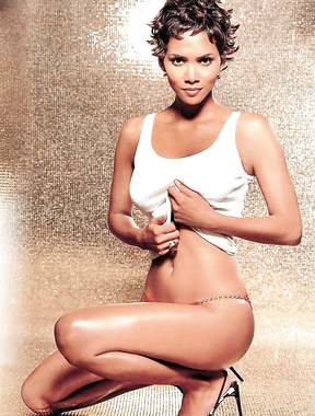 One of the hottest girls in Hollywood, Halle Berry