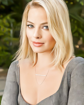 Stunning and Absolutely Gorgeous Margot Robbie.