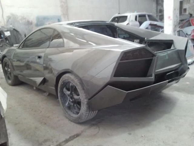Man Built This Lamborghini Reventon Replica In His Garage