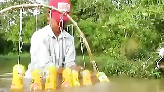 What a easy way to catch fish.