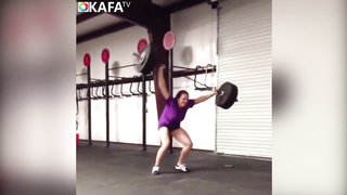 Best GIRL Fitness Fails.