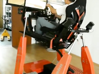 Now THIS is pod-racing and thats freakin cool.