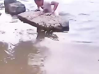Well, why the fu*k to jump there.It goes well