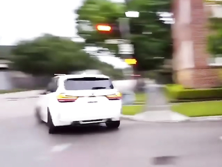 MX5 Nicely entered the turn with drift