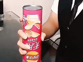 magic trick with nuts