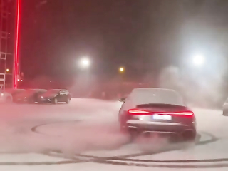 Audi RS7-R ABT action on snow Awesome!