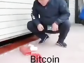 How bitcoin work explained video =)