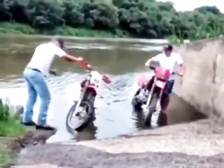 how to drive a motorcycle lol